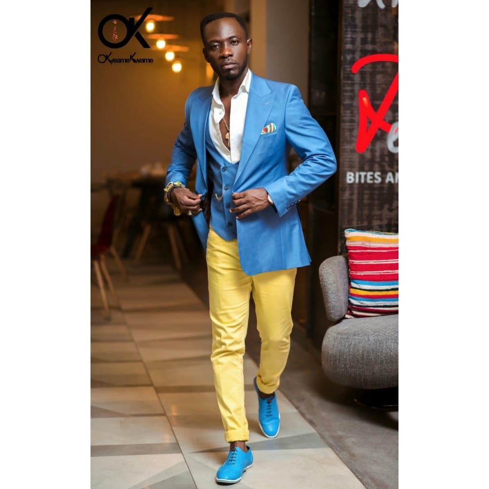 MUSIC REVIEW: Okyeame Kwame - Mobile Money (feat. Ebony)