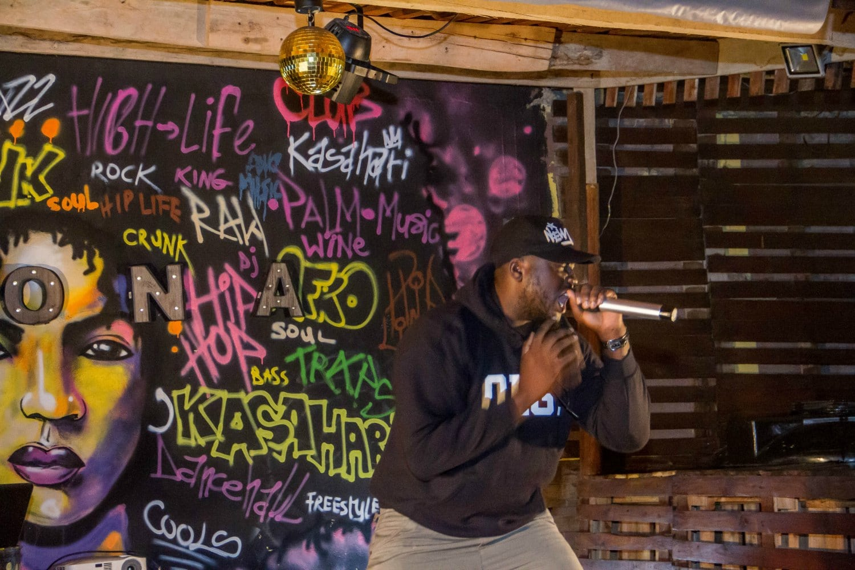 Ntelabi Performs at Wan-O's Video Premiere